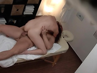 Voyeur Massage - She thought nobody is adhering