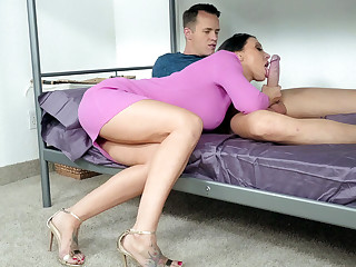 Rachel Starr is sucking Justin Hunt's big prick