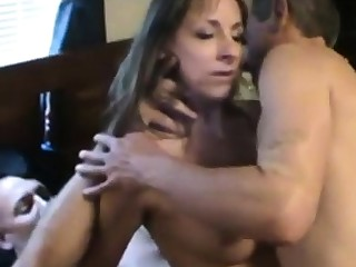 Cuckold coupled with At hand
