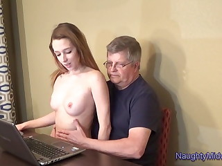Lola Hunter - Babysitter Unnoticed Table Fantasy