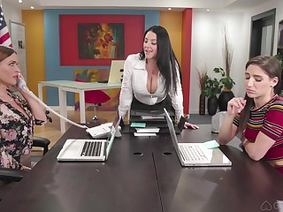 Hardcore anal lesbian threesome prevalent Abella Danger and two MILF babes