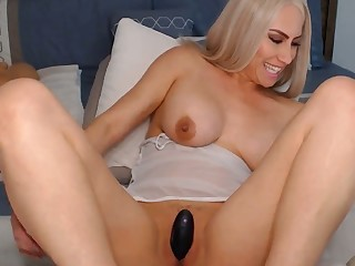 Curvy Blonde Mom Goes Naughty On Webcam