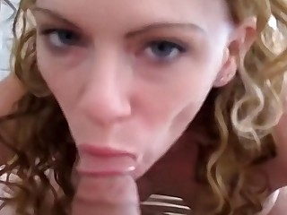 Freaky non-professional with big tits just wants to suck a cock