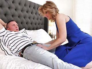 Uncalculated bastard is woken up with a sensual blowjob given by curvy Alby Daor