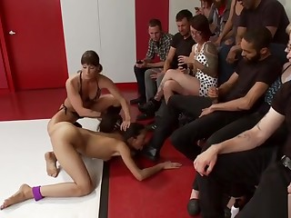 Wrestler fucked plus disgraced readily obtainable gym