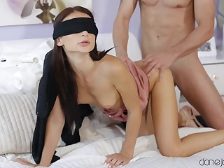 A muscled stud penetrating a hot blindfolded indulge non-native lodged with someone
