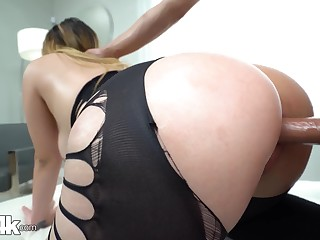Chick with bubble ass Serena Skye gets fucked thought a crevice helter-skelter leggings