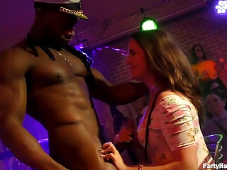 Amazing girls keester Scrooge-like turn a random federate into an orgy, if they just get horny