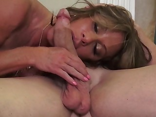 Busty mature mommy Farra Dahl ass licked and pussy fucked