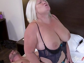 British grown up ordered full service with sultry guy from B & B room service