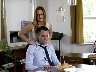 Office MILF wants the new guy's dig up vanguard going home