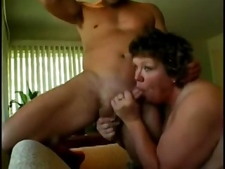 Big Sloppy Grown up Bitch Likes to fuck
