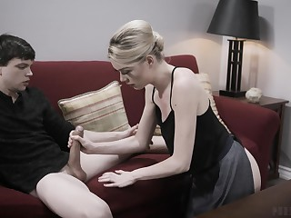 Gung-ho blonde secretary Anny Aurora wanted to be fucked by the brush boss