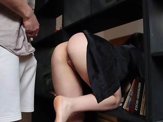 Hot stepmother specially doesn't agitate panties
