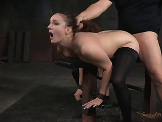 Rough throes session forth pussy with an increment of mouth fucking - Endza Adair