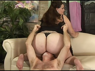 Large lady facesits via a rough and amorous sex date